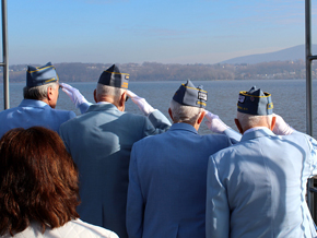 WWII Vets Salute